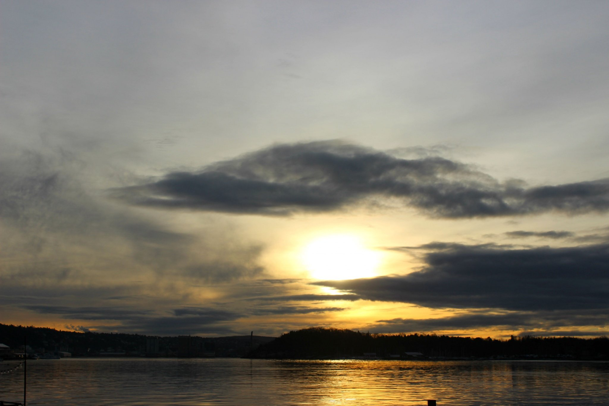 yellow-grey sunset in Oslo, Norway