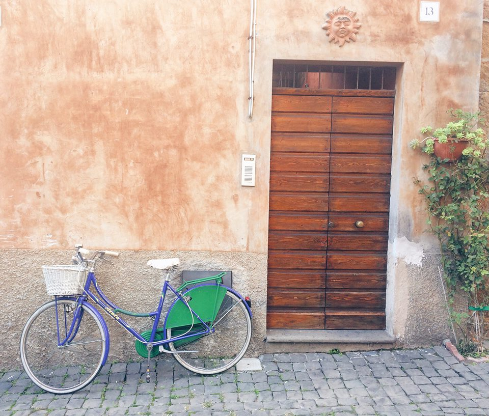 Bicycle - streets of Italy