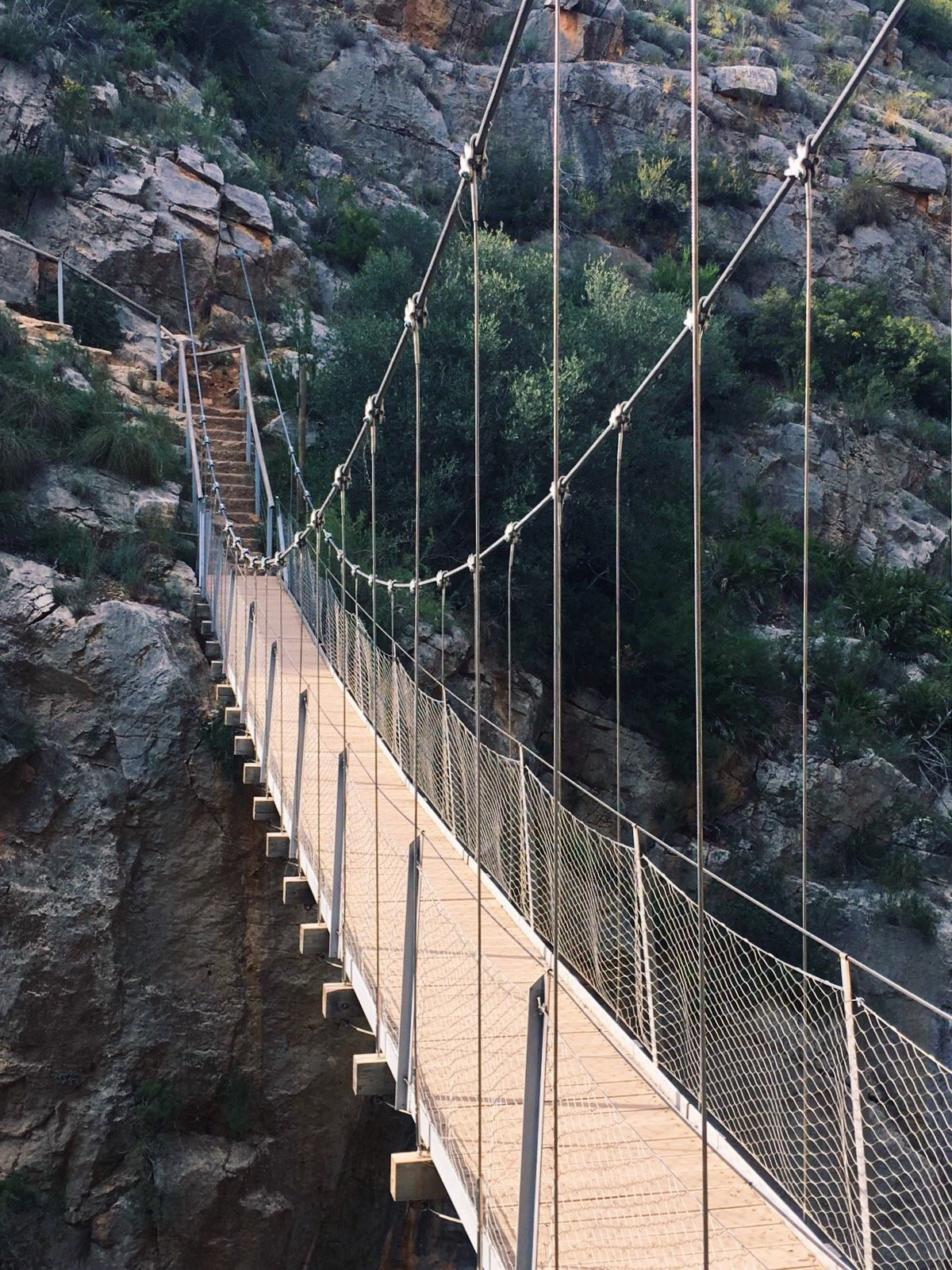 The route of the hanging bridges of Chulilla, a must stop for hikers in the province of Valencia