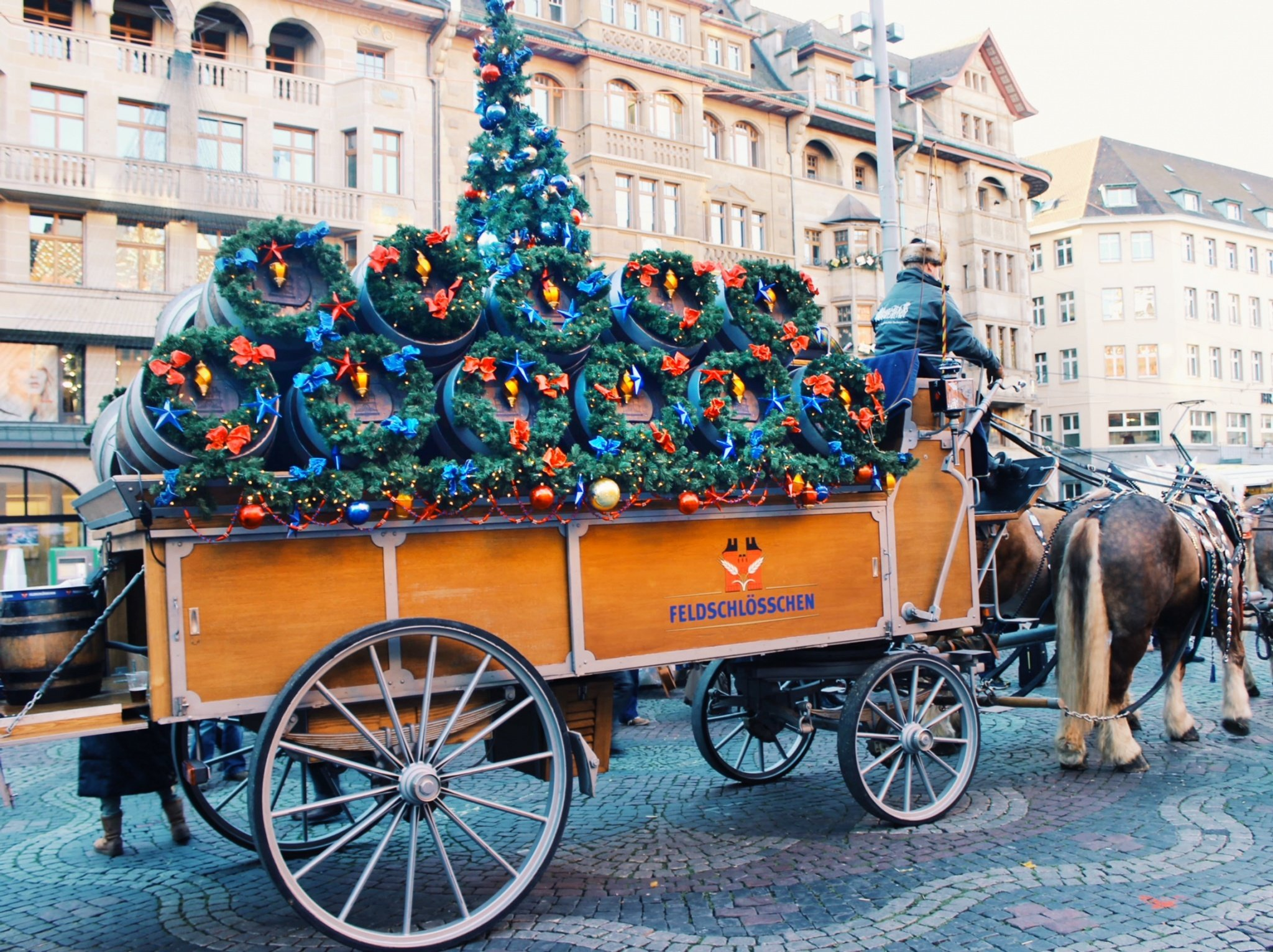 Nothing gets us all into the festive spirit better than Christmas markets. My top 3 cities for a fairytale #Christmas in #Switzerland/ #lucerne #basel #zurich #winter #travel #destination #swiss #cities #markets