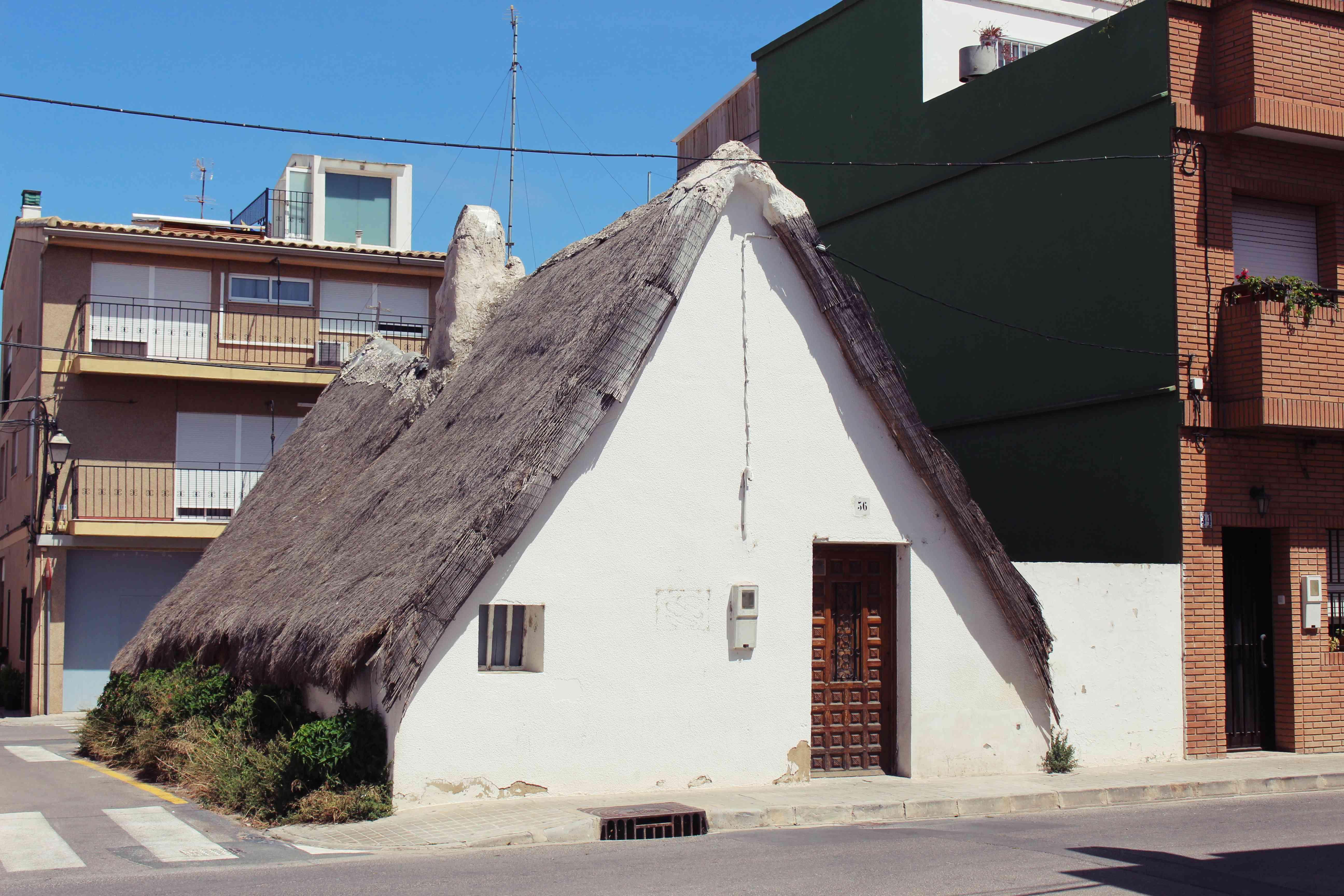 Barraca - a traditional Valencian adobe house in Albufera, near Valencia, Spain